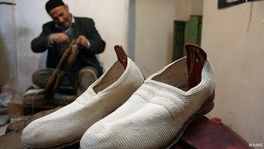 تولید گیوه ملکی؛ هنر صنعتی در حال فراموشی