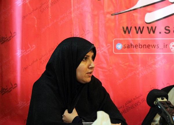 نظر مدیر تنها دانشگاه دخترانه نجف آباد در مورد حجاب+فیلم