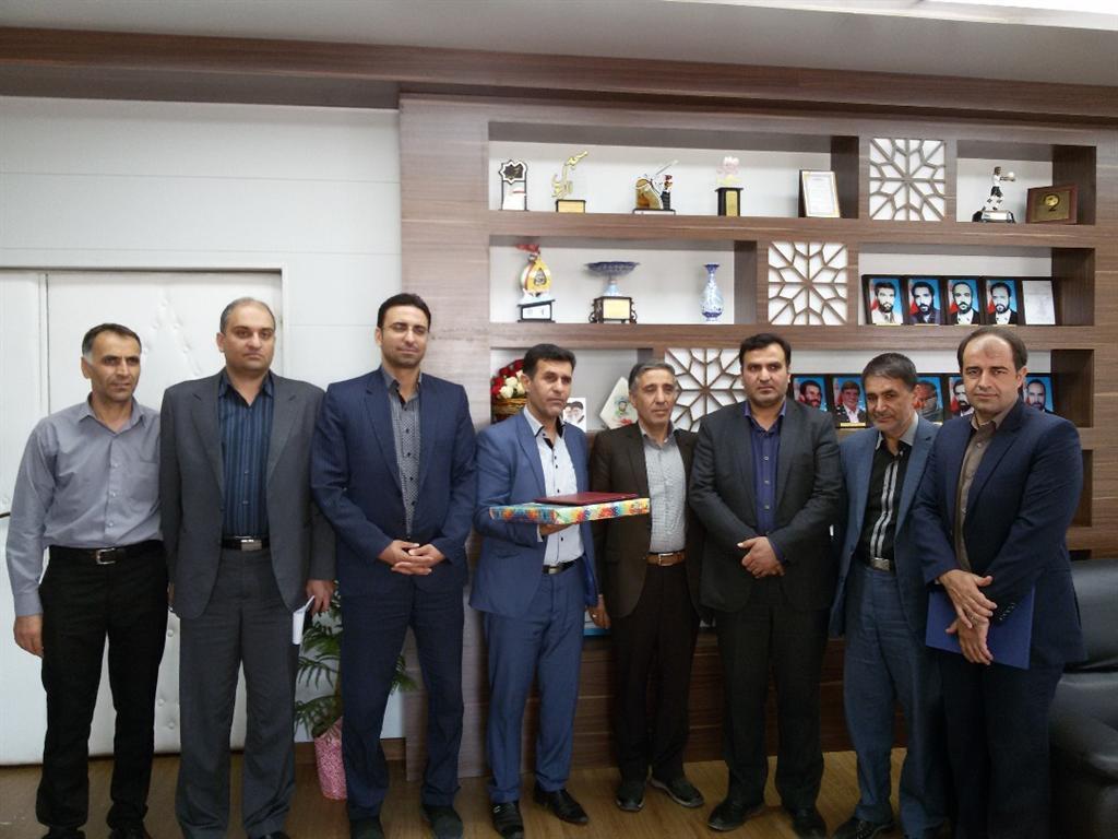 تودیع مدیر ورزش نجف آباد پس از یک دهه+تصاویر