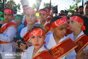 مراسم سالگرد تدفین شهید حججی+ تصاویر                                           8 1 300x200