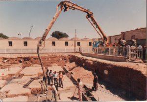 قبرستان کهنه نجف آباد کشف گورهای شش طبقه در نجف آباد+تصویر کشف گورهای شش طبقه در نجف آباد+تصویر 006 300x209