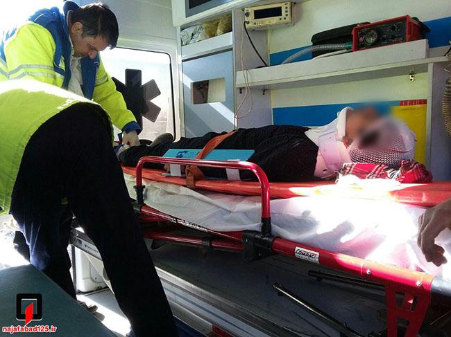 تصادف زنجیره ای در نجف آباد شش مصدوم داشت
