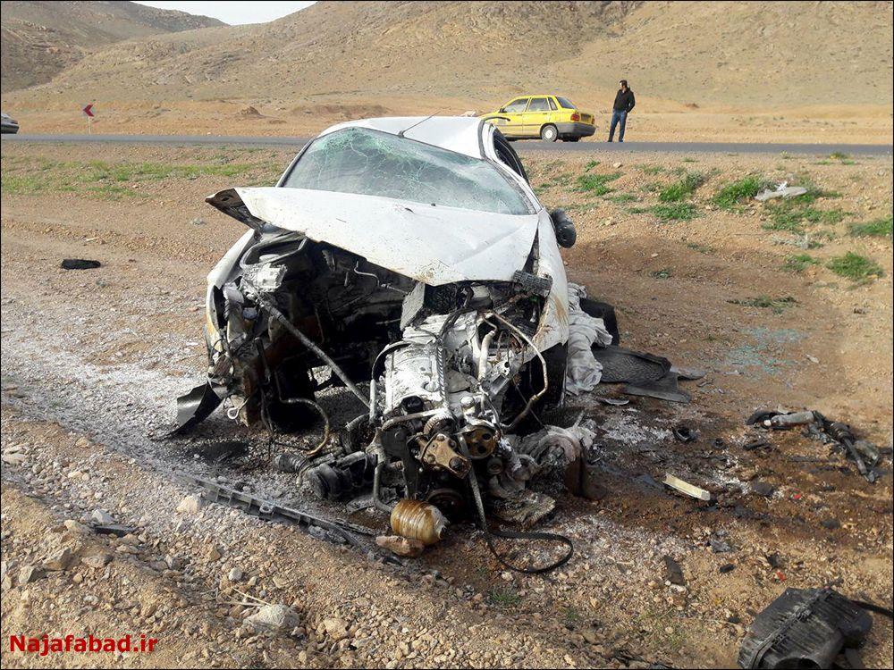تصادف و آتش سوزی  تصادف تصادف و آتش گرفتن خودروی سواری + تصاویر                               4