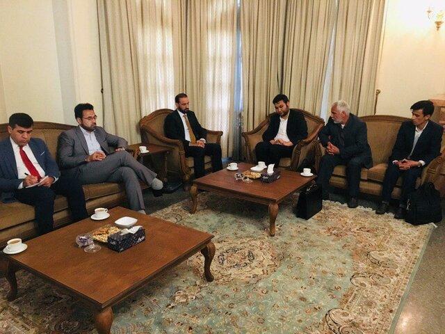 افغانستانی های مقیم نجف آباد ، با سفیر جلسه گرفتند
