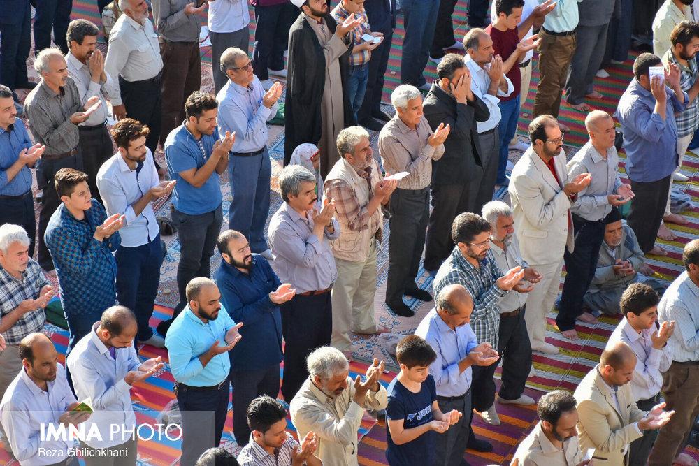 تصاویر برگزاری نماز عید فطر در نجف آباد