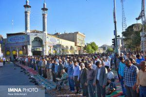 نماز عید فطر تصاویر تصاویر برگزاری نماز عید فطر در نجف آباد                       98                      4 300x200