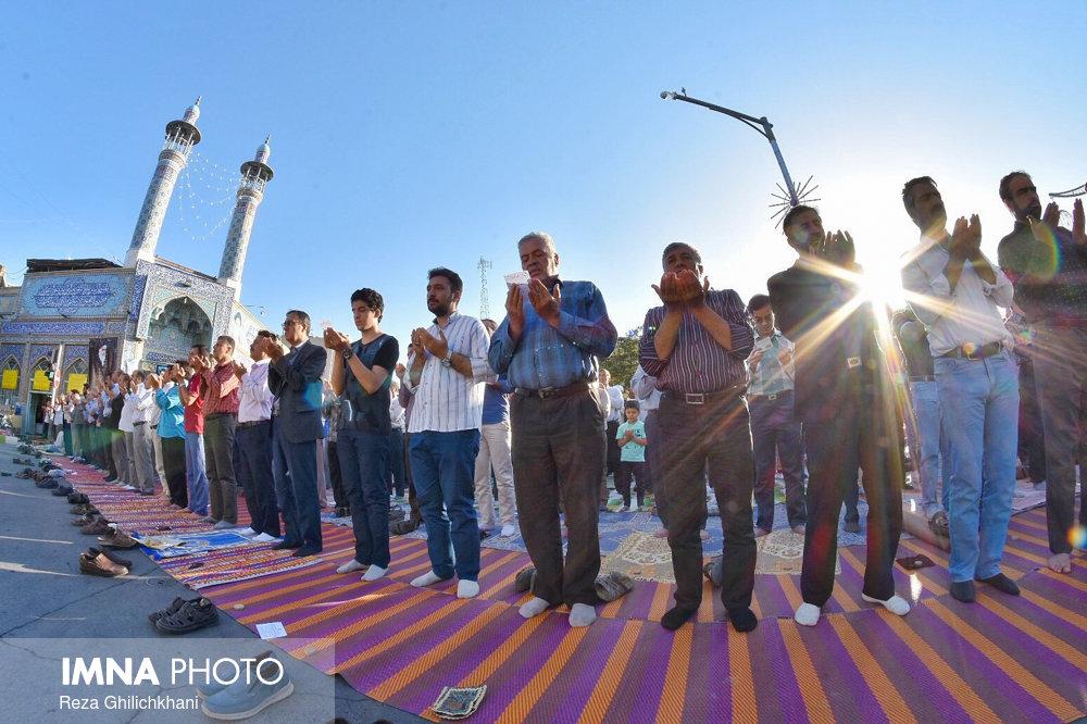 نماز عید فطر نماز عید فطر نجف آباد+تصاویر نماز عید فطر نجف آباد+تصاویر                       98                      7