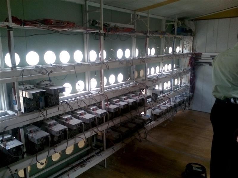 کشف و جمع آوری ۴۲۰ دستگاه استخراج ارز دیجیتال
