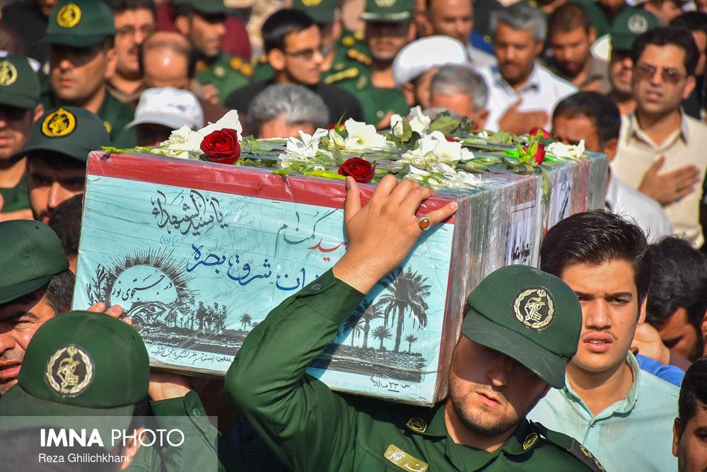 تشییع شهید تازه تفحص شده تشییع تشییع دو شهید در نجف آباد + تصاویر                                                                              13