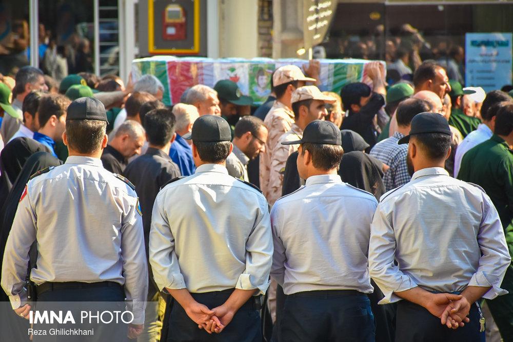 تشییع شهید تشییع تشییع دو شهید در نجف آباد + تصاویر                                                                              14