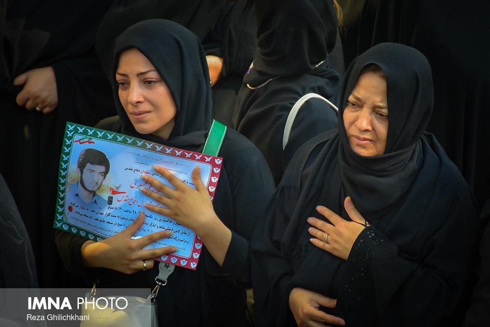 شهید تازه تفحص شده تشییع تشییع دو شهید در نجف آباد + تصاویر                                                                              2