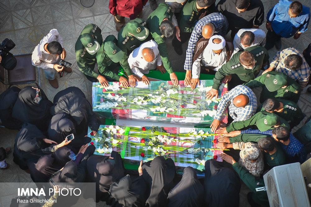 شهید تشییع تشییع دو شهید در نجف آباد + تصاویر                                                                              4