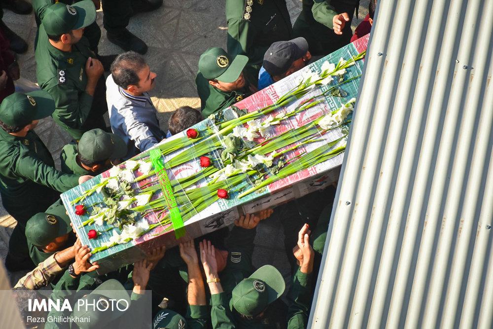 شهید گمنام تشییع تشییع دو شهید در نجف آباد + تصاویر                                                                              6