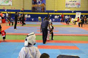 مسابقات کاراته رقابت رقابت ۶۵۰ کاراته کا در مسابقات کشوری در دانشگاه آزاد + تصاویر                                                          2 300x200