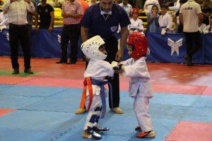رقابت کاراته رقابت رقابت ۶۵۰ کاراته کا در مسابقات کشوری در دانشگاه آزاد + تصاویر                                                          7 300x200