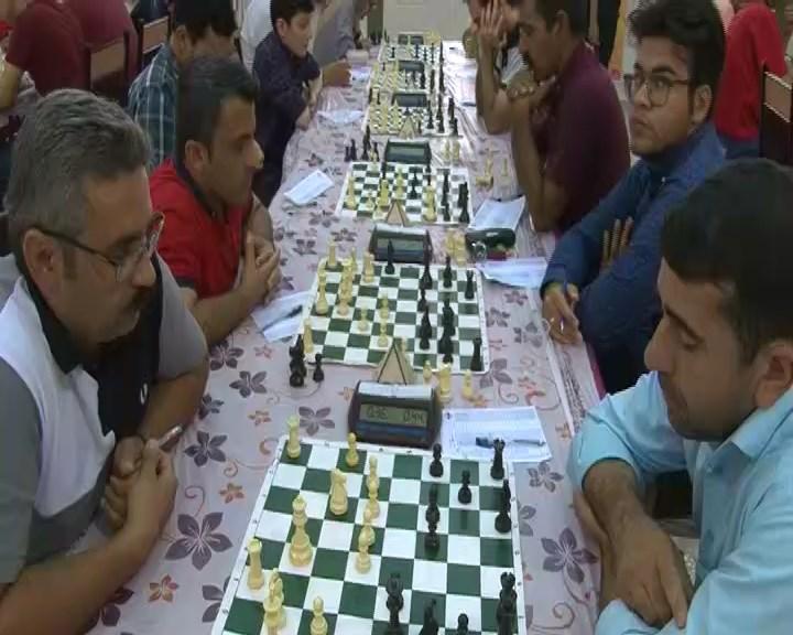 مسابقات شطرنج آزاد کشور بزرگداشت شهید حججی + تصاویر