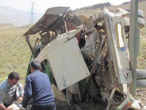 تصادف واژگونی واژگونی مینی بوس در جاده نجف آباد به عسکران + تصویر                 300x225