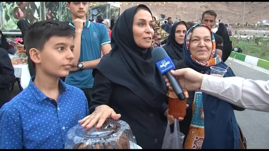 هلوی قلعه شاهی جشنواره جشنواره هلوی قلعه شاهی در گلدشت + تصاویر و فیلم                            10 1024x576