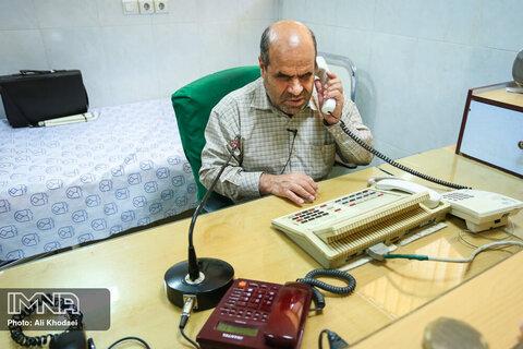 روز کاری یک روشندل در بیمارستان نجف آباد + فیلم