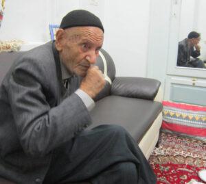حاج حسن محزونی پیشکسوت تعزیه تعزیه تعزیه اصیل، از اسب افتاده + تصاویر             2 300x269