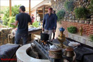 سانی ساید تیستر آمریکایی در نجف آباد شگفتی شگفتی تیستر آمریکایی از غذاهای سنتی نجف آباد + فیلم و تصاویر 1566196667 A1wH9 300x200