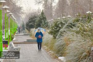 بارش برف در نجف آباد کاهش بارندگی ها در نجف آباد + تصاویر بارش برف کاهش بارندگی ها در نجف آباد + تصاویر بارش برف                                      1 300x200