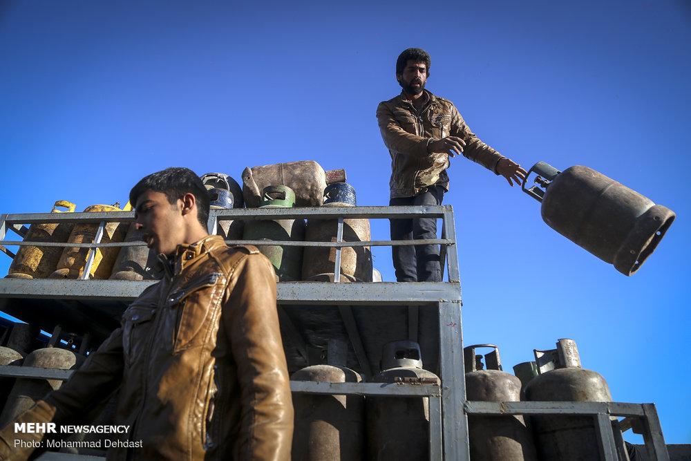 وضع اسف بار توزیع گاز مایع در نجف آباد+فیلم