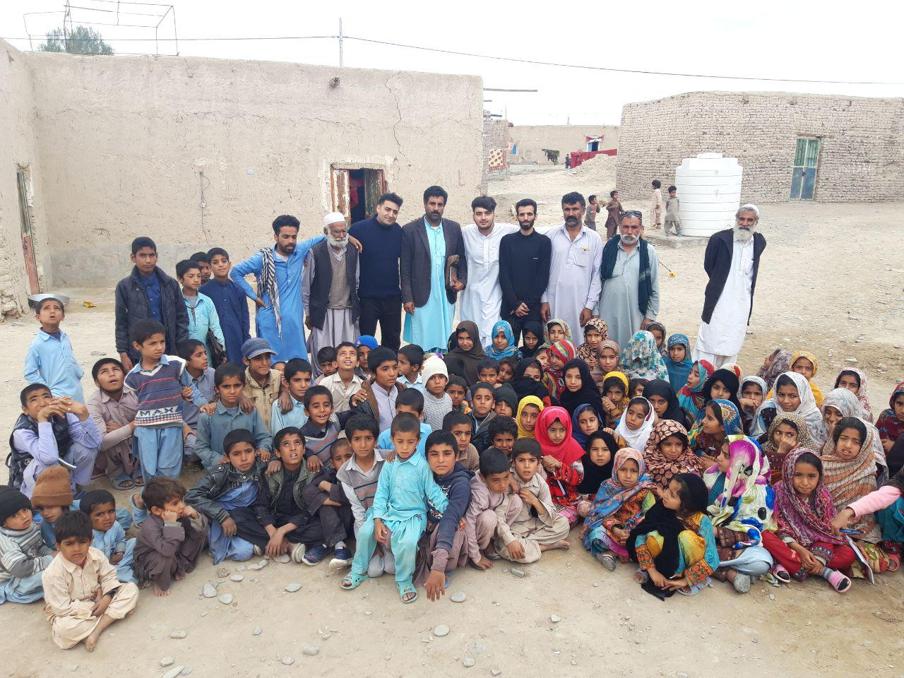 ارسال ۸ کامیون کمک از نجف آباد برای سیل زدگان سیستان