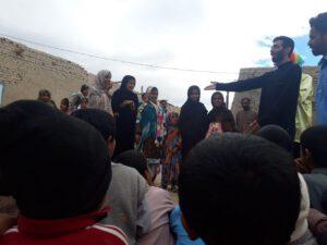 سیل زدگان سیستان و بلوچستان حضور هنرمندان نجف آباد در مناطق سیل زده سیستان+تصاویر و فیلم ها حضور هنرمندان نجف آباد در مناطق سیل زده سیستان+تصاویر و فیلم ها photo                                   300x225