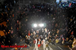 تکبیرگویی و نورافشانی سال98 مراسم تکبیر گویی و نورافشانی نجف آباد+تصاویر مراسم تکبیر گویی و نورافشانی نجف آباد+تصاویر 1581359302 V5oW0 300x200