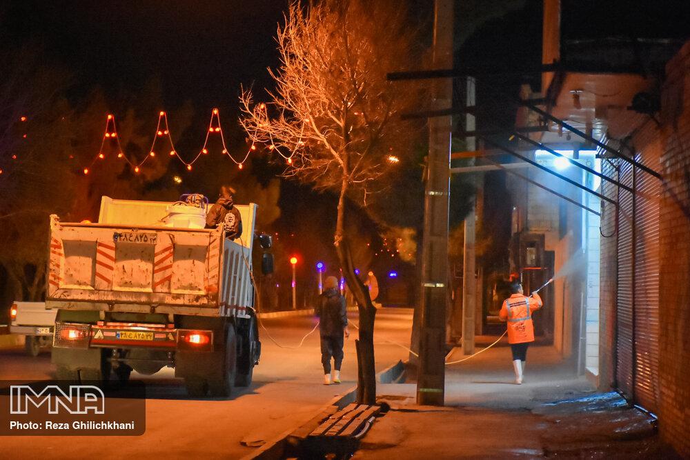 ضدعفونی کردن معابر نجف آباد توسط شهرداری 1627358 SAE 5982