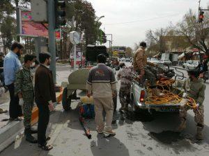 ضدعفونی کردن معابر نجف آباد توسط بسیجیان