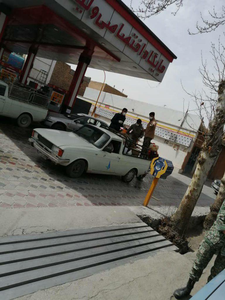 ضدعفونی کردن معابر نجف آباد توسط بسیجیان ضدعفونی کردن معابر نجف آباد توسط بسیجیان+تصاویر ضدعفونی کردن معابر نجف آباد توسط بسیجیان+تصاویر photo                                   768x1024