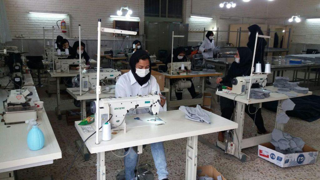 تولید ماسک در دانشکده سمیه نجف آباد تولید روزانه ۵ هزار ماسک پارچهای در نجف آباد+تصاویر تولید روزانه ۵ هزار ماسک پارچهای در نجف آباد+تصاویر photo                                   2 1024x576