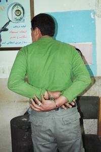 دستگیری یک سارق در نجف آباد دستگیری یک سارق در نجف آباد دستگیری یک سارق در نجف آباد