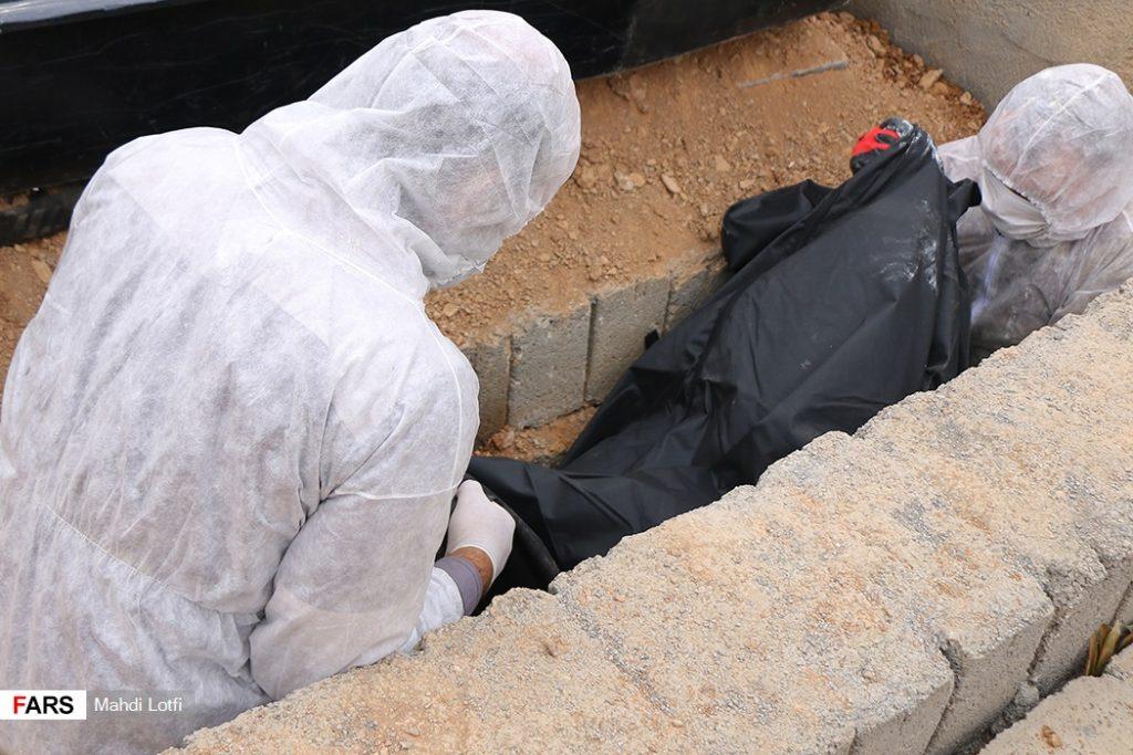 فوت تا تدفین بیمار کرونایی در نجف آباد از تخت تا قبر یک کرونایی در نجف آباد+تصاویر از تخت تا قبر یک کرونایی در نجف آباد+تصاویر                                                                       12 1024x683