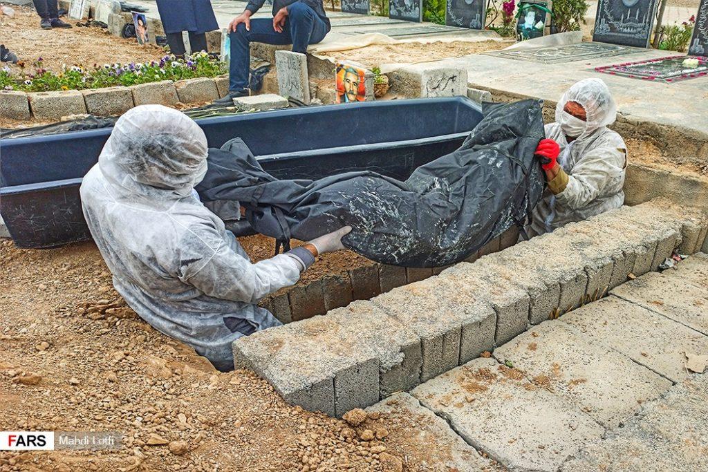 فوت تا تدفین بیمار کرونایی در نجف آباد از تخت تا قبر یک کرونایی در نجف آباد+تصاویر از تخت تا قبر یک کرونایی در نجف آباد+تصاویر                                                                       6 1024x683