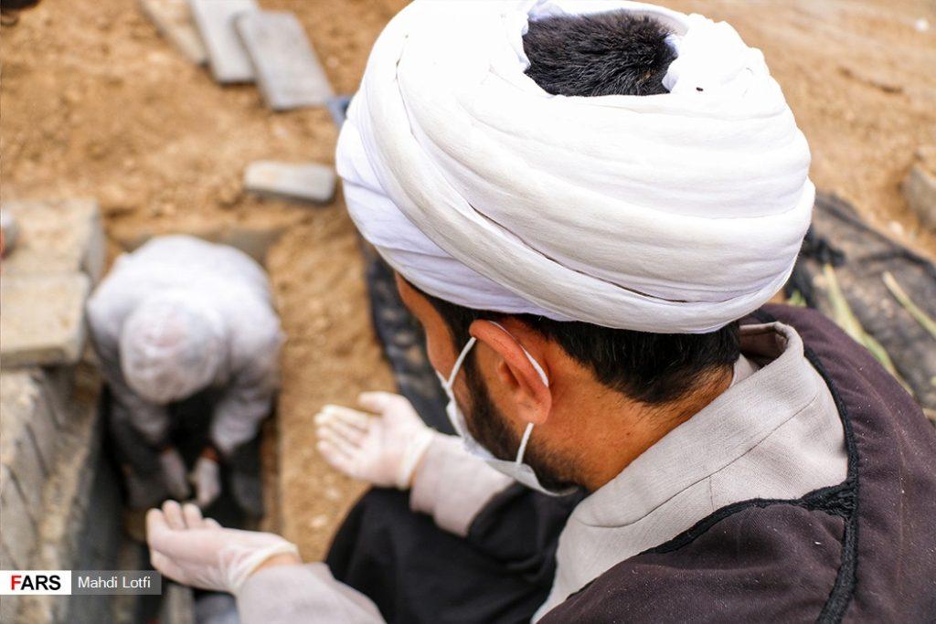 فوت تا تدفین بیمار کرونایی در نجف آباد از تخت تا قبر یک کرونایی در نجف آباد+تصاویر از تخت تا قبر یک کرونایی در نجف آباد+تصاویر                                                                       7 1024x683
