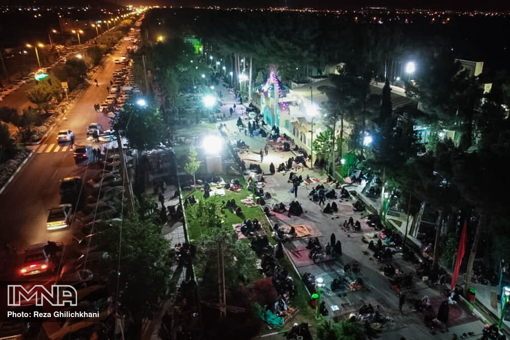 احیاء 21 رمضان سال99 در گلزار شهدای نجف آباد احیاء ۲۱ رمضان سال ۹۹ در نجف آباد+تصاویر احیاء ۲۱ رمضان سال ۹۹ در نجف آباد+تصاویر 1636912 IMG 6054