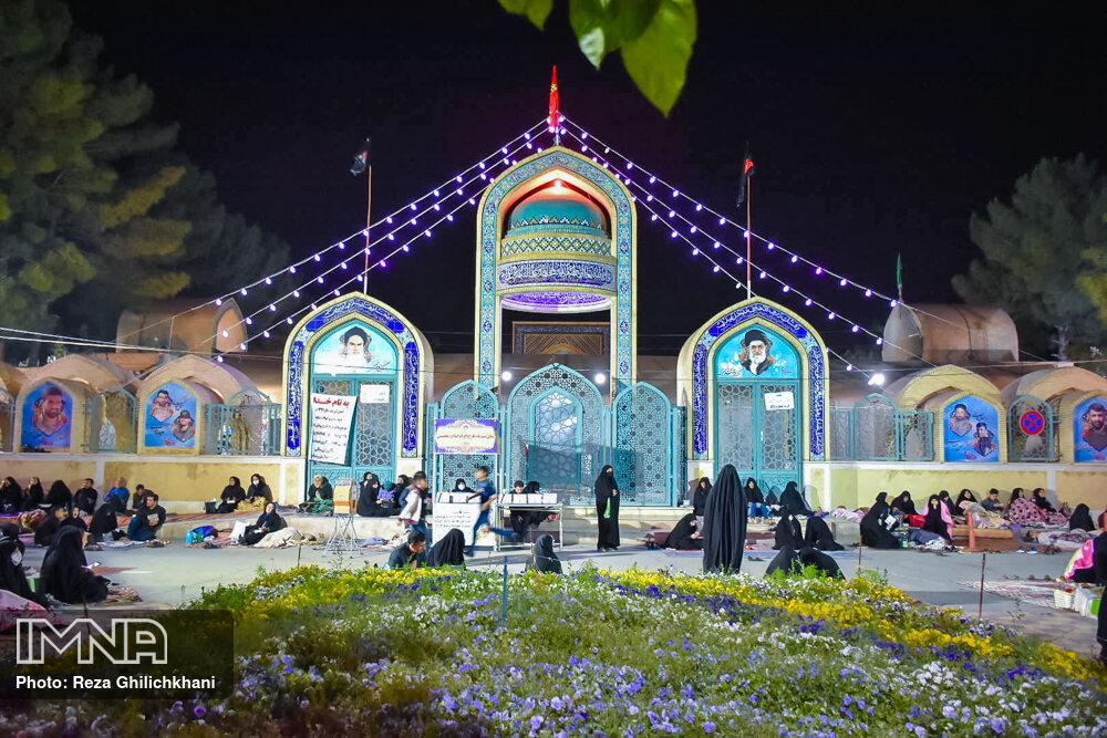 احیاء 21 رمضان سال99 در گلزار شهدای نجف آباد احیاء ۲۱ رمضان سال ۹۹ در نجف آباد+تصاویر احیاء ۲۱ رمضان سال ۹۹ در نجف آباد+تصاویر 1636927 IMG 6125
