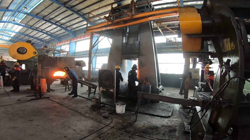 تولید میل لنگ تراکتور در نجف آباد تولید ۱میلیون و دویست هزار میل لنگ تراکتور در نجف آباد+تصاویر و فیلم تولید ۱میلیون و دویست هزار میل لنگ تراکتور در نجف آباد+تصاویر و فیلم 4808486 629 1024x576