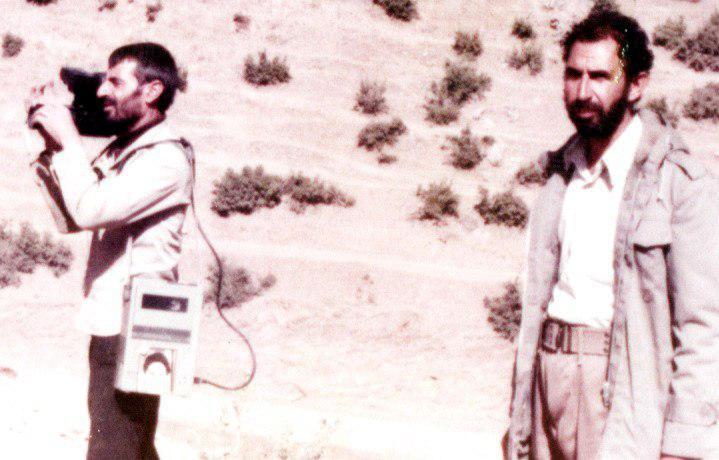 محمود باهنر یادی از مشهورترین فیلم بردار رزمندگان نجف آباد یادی از مشهورترین فیلم بردار رزمندگان نجف آباد+تصاویر photo 2020 06 23 07 21 07