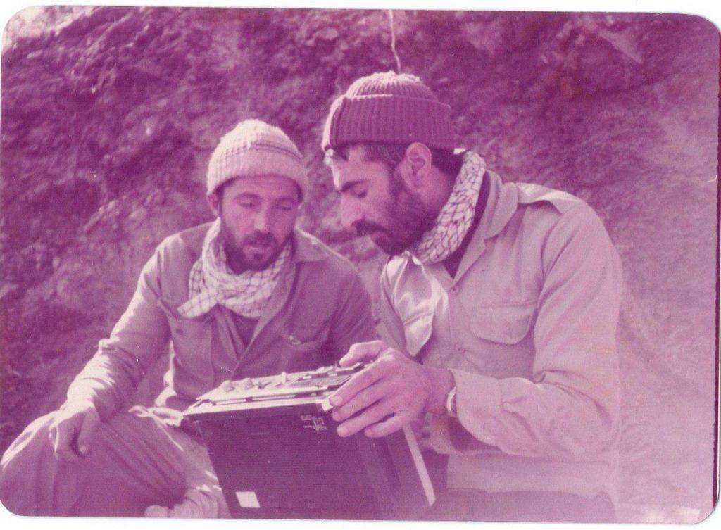 محمود باهنر یادی از مشهورترین فیلم بردار رزمندگان نجف آباد یادی از مشهورترین فیلم بردار رزمندگان نجف آباد+تصاویر photo 2020 06 23 07 21 18 1024x753