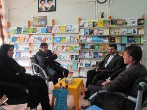 محبوبه عبادالهی زنگ هشدار برای کتابفروشان نجفآباد زنگ هشدار برای کتابفروشان نجفآباد/ ۵ کتابفروشی در سال ۹۸ تعطیل شد                               300x225