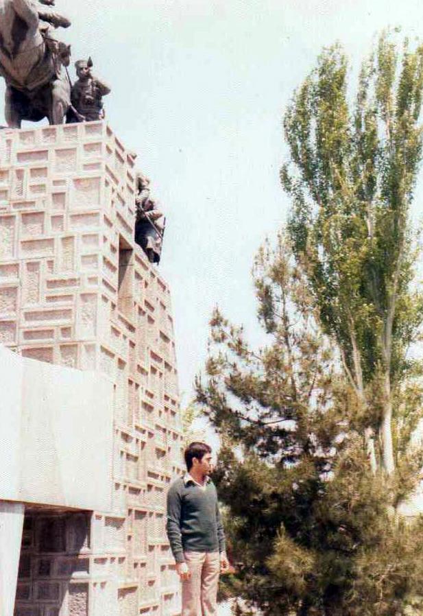 شهید احمد فرزاد اولین شهدی نجف آباد در دفاع مقدس اولین شهید نجفآباد در دفاعمقدس+تصاویر اولین شهید نجفآباد در دفاعمقدس+تصاویر                                                                                         4