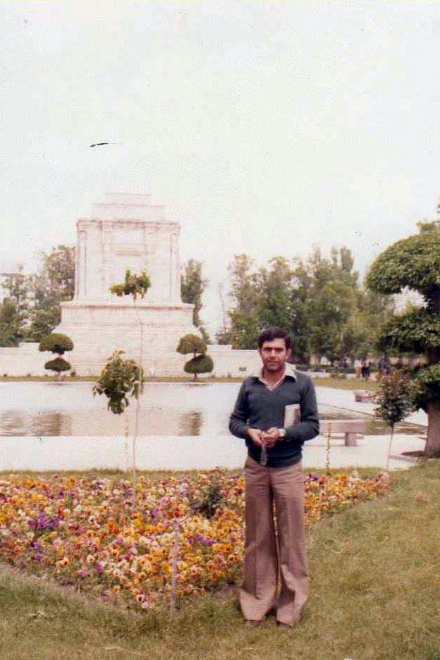 شهید احمد فرزاد اولین شهدی نجف آباد در دفاع مقدس اولین شهید نجفآباد در دفاعمقدس+تصاویر اولین شهید نجفآباد در دفاعمقدس+تصاویر                                                                                         5