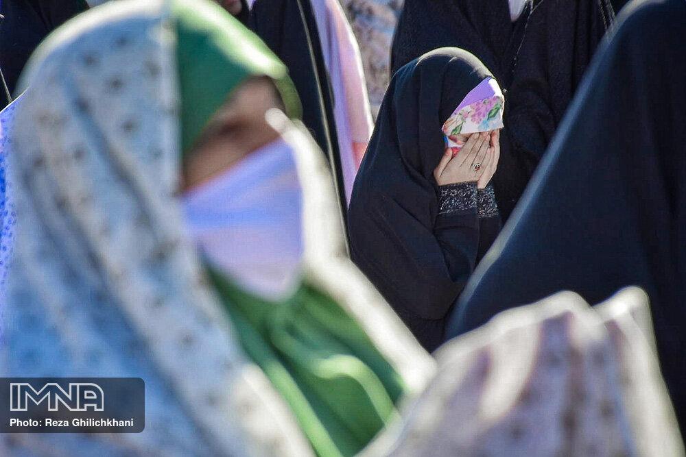 اقامه نماز باران در نجف آباد+تصاویر اقامه نماز باران در نجف آباد+تصاویر