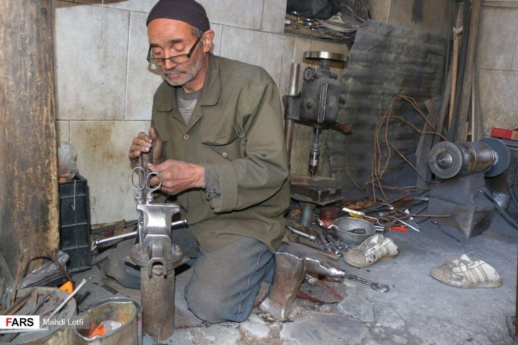 قیچی سازی مشاغل سنتی نجف آباد+تصاویر مشاغل سنتی نجف آباد+تصاویر                   1024x683