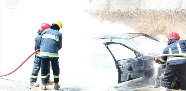 آتش گرفتن خودروی گازسوز شده در نجف آباد+تصاویر آتش گرفتن خودروی گازسوز شده در نجف آباد+تصاویر آتش گرفتن خودروی گازسوز شده در نجف آباد+تصاویر 1618637126 N0dP9 650x320